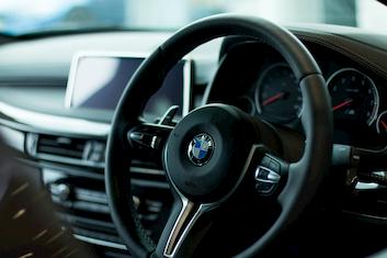 Nowe logo BMW – opinia Agencji Brandingowej Tango